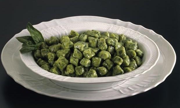Gnocchi di ricotta e spinaci alla Toscana